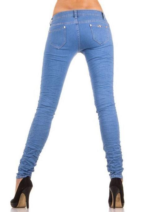 Aanbieding Jeans dames spijkerbroek skinny heup licht blauw NU €14,99 ladymode.nl Goedkope dames skinny heup model jeans spijkerbroek in het licht blauw Nu €14,99 in de maten 36 t/m 42. Dit betreft een aanbieding OP=OP