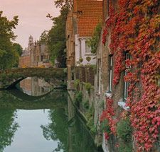 Bruges, Belgium is the Venice of Northern Europe: Bruges So Beautiful, Brugge Belgium, Favorite Places, Medieval Town, Used Belgium, Brugesso Beautiful, Beautiful Places, Bruges Canal, Belgium Beautiful