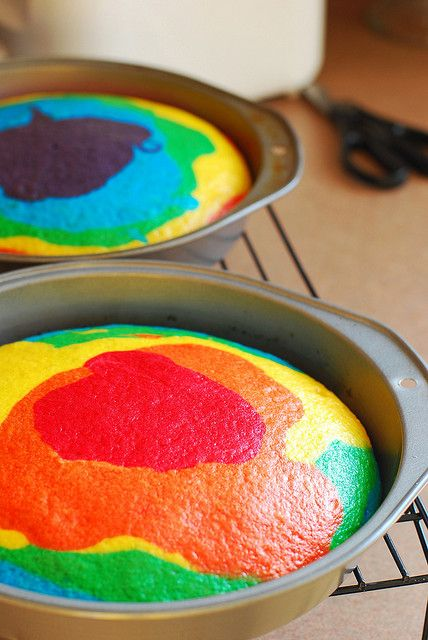 how to: rainbow cake! by a.meadowlark, via Flickr Got the link from creative friend Jeanne, and can't wait to try this for the next birthday party in our house, just around the corner.  had to pin it so i can find it again...