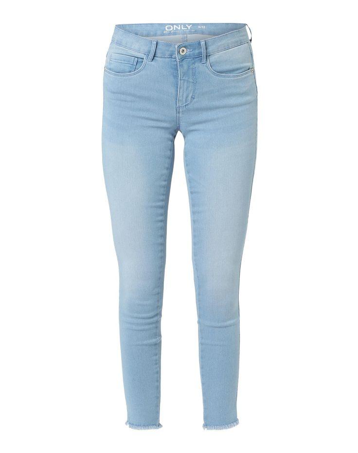 ber ideen zu hellblaue jeans auf pinterest blue jeans jeans und boyfriend jeans. Black Bedroom Furniture Sets. Home Design Ideas