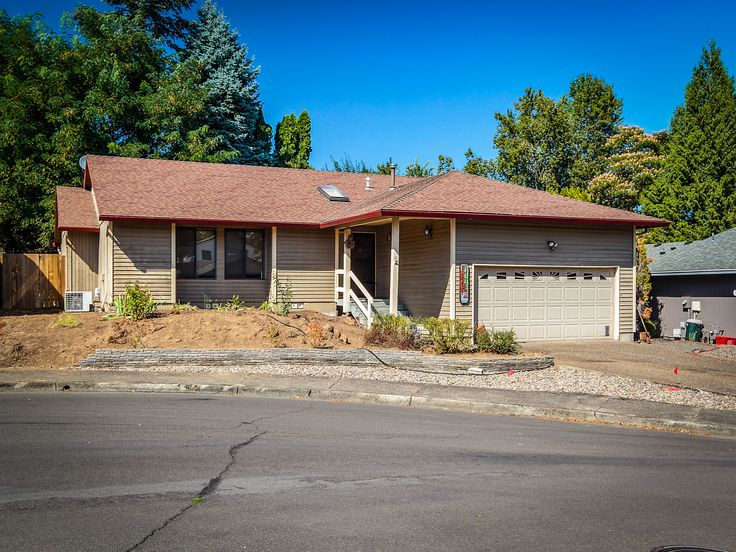 8505 SW COLONY CREEK CT | 	Charming Colony Creek Estates Ranch on .14 Acre Lot in Desirable Cul-De-Sac. Living room with wood stove. Kitchen with breakfast bar, pantry. Dining room with slider to sun room. Master Suite with walk-in closet, slider to deck. Two spare bedrooms. Attached oversized two car garage. New 2016 furnace. Central Air! Fenced backyard with deck. Close to Fanno Creek Park, Bonita Park.