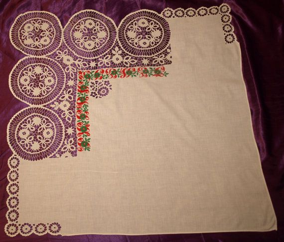Hand Made Hungarian Richelieu Embroidered Wearable door TheMightyCat