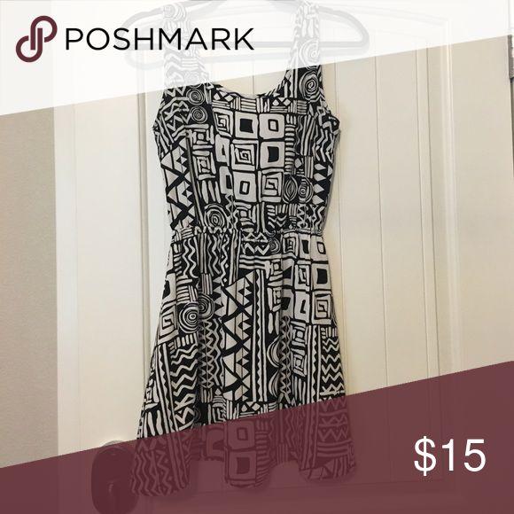 Black and white Aztec dress Black and white Aztec print dress worn once. Dresses Mini