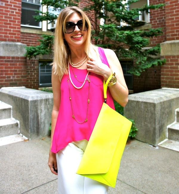 The Boston Fashionista hot pink, palazzo pants, neon green, outfits