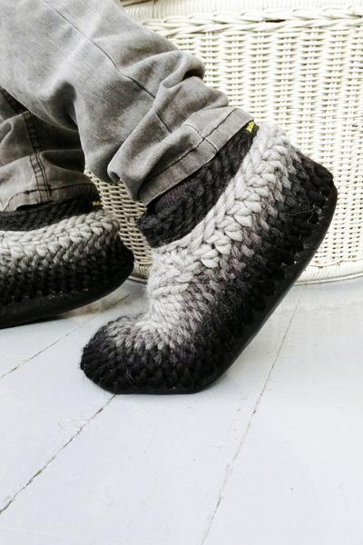 MuffleUp Slippers: Charcoal Fade