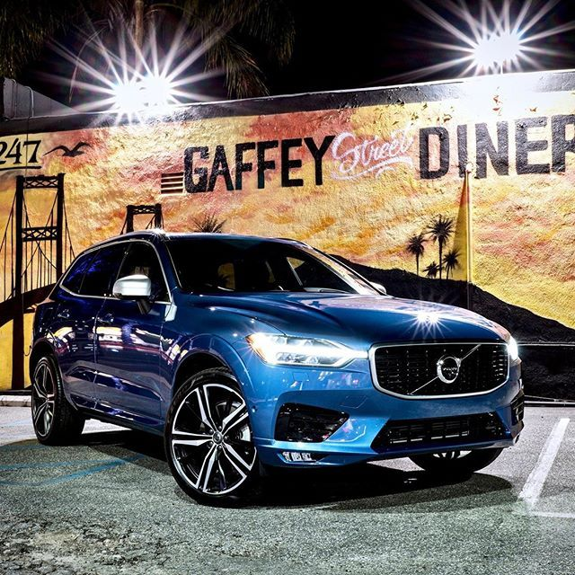 Night Life Done Right In The Volvo Xc60 T6 Awd R Design
