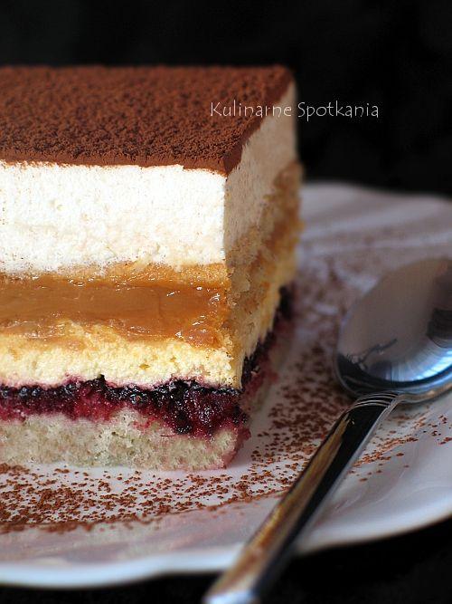 Kulinarne Spotkania: Ciasto budyniowo-kajmakowo-śmietanowe