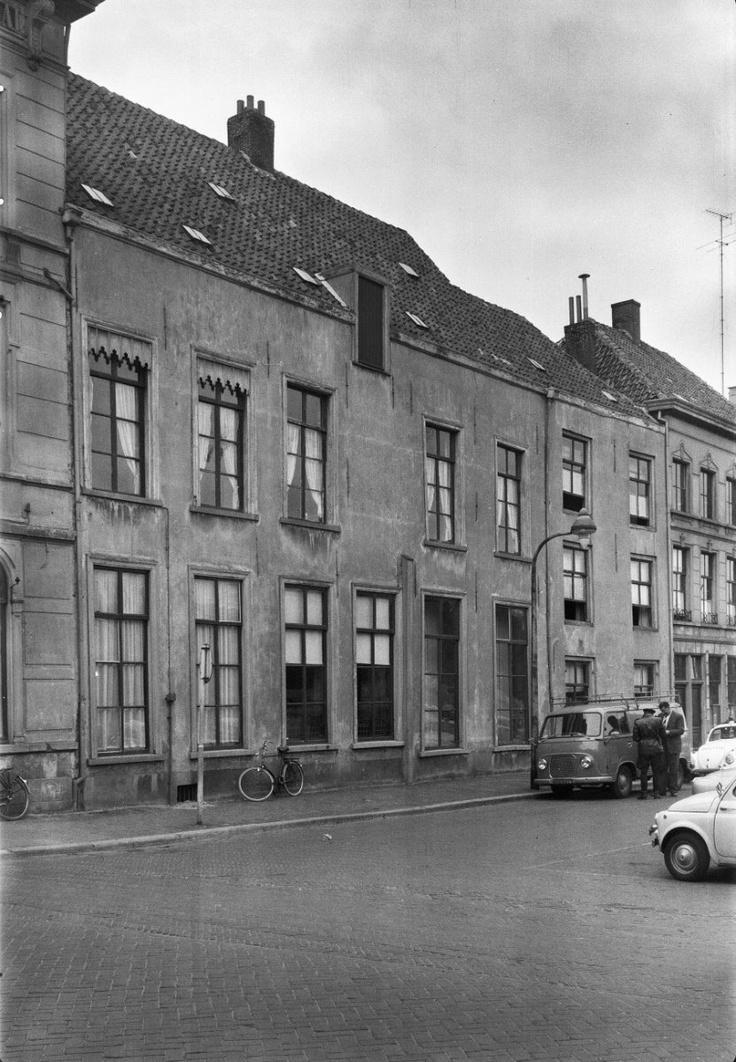 Breda. Kasteelplein. 1962.
