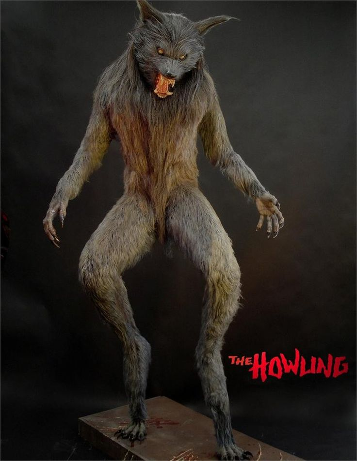 fullsize howling werewolf statue - High End Halloween Decorations