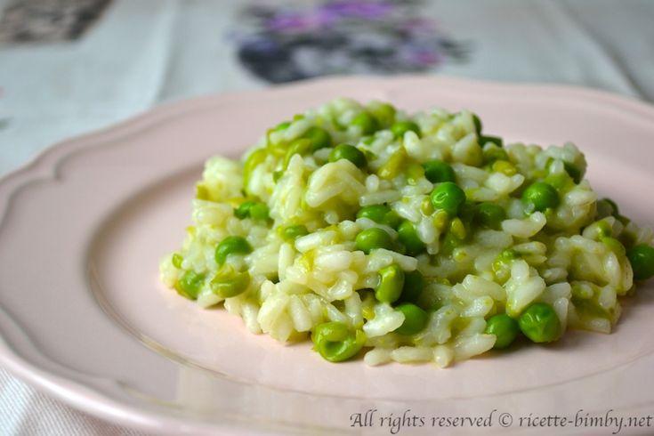 Il risotto ai piselli è un primo piatto semplice e saporito. Scopri la ricetta e gli ingredienti per prepararlo con il tuo bimby.