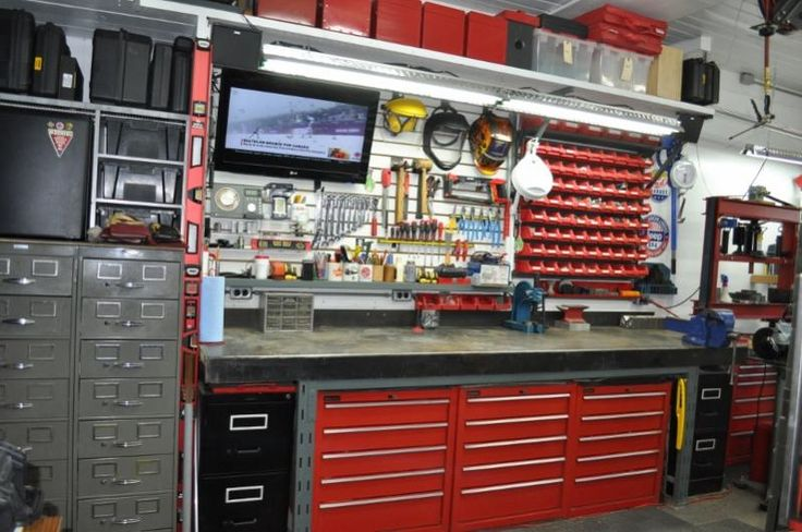 Best 25 Garage Workbench Ideas On Pinterest Workbench