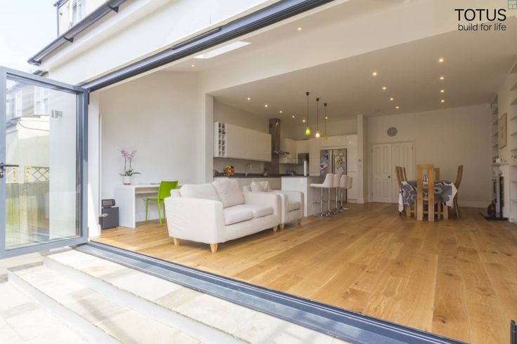 Extension in Sheen, SW14 : Modern living room by TOTUS