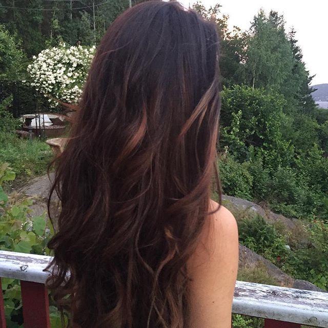 Fine Denise med Merry Mane hair extensions - krølllet med GHD rettetang:leaves: #langthår #brunthår #hår #hairextensions #krøller #merrymane #hårforlengelse #clipon #ghd #clips #kliper #rettetang #mybestfriend @denises89