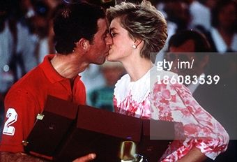 OMAN - DECEMBER 11: Prince Charles, Prince of Wales kisses Diana, Princess of Wales following a polo match on December 11, 1986 in Oman. (Photo by Anwar Hussein/Getty Images)