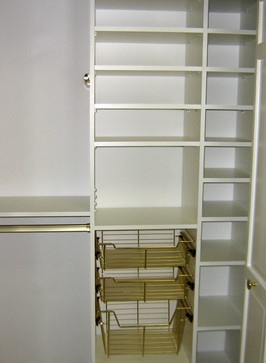 Closet Organizer With Brass Accents Reach In Bedroom California Closets Twin
