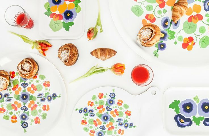 Hollyhock and nasturtium. Trays from Kajsa Rolfsson designstudio.