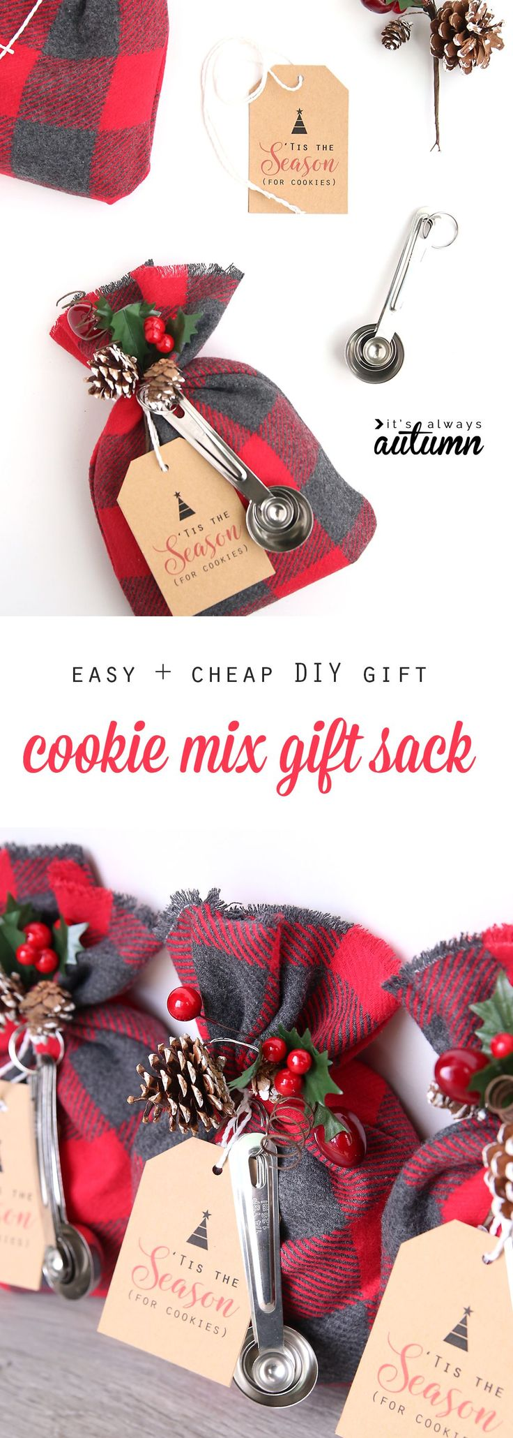 These cookie mix gift sacks make an adorable handmade Christmas gift, and they're easy and cheap to put together. DIY gift idea. More