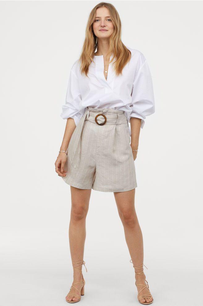 Short en lyocell mélangé | Sweaters and jeans, Simple summer