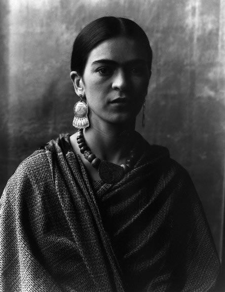 incredible portrait of frida kahlo - imogen cunningham, 1931.