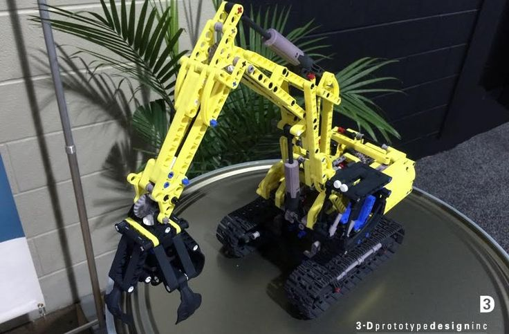 This LEGO Tractor is Constructed Entirely of 3D Printed Parts