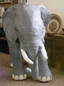 Paper Mache Elephant: Tutorial.... I want this in my house someday