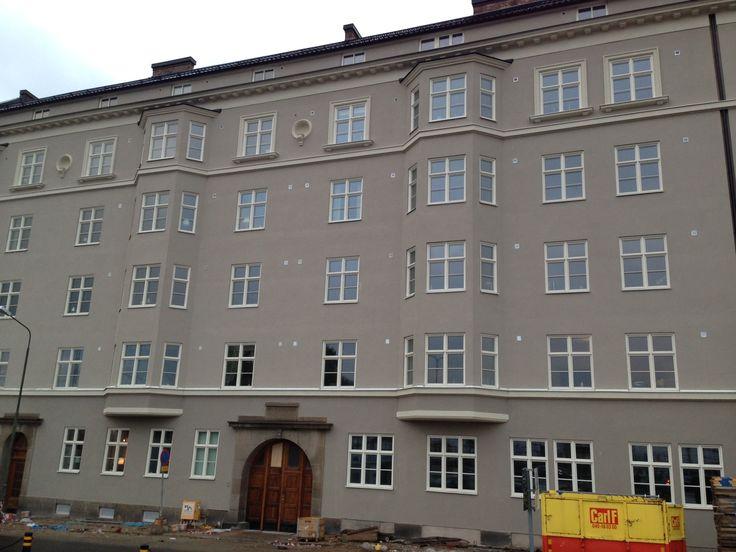9 november: Vår nya fasad efter nästan ett halvårs arbete.