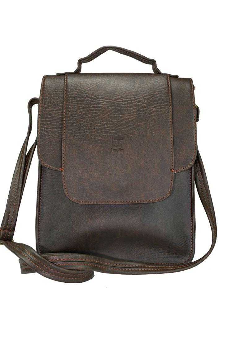Túi đeo chéo Toly màu nâu - thương hiệu Lee&Tee