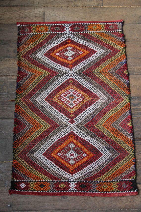 Small Vintage Decorative Turkish Rug - Tribal Mat Handwoven with Wool - Door Mat - Bath Mat 93x58cm
