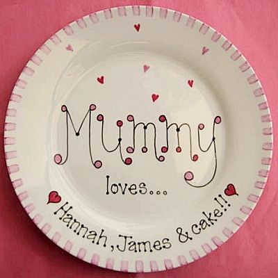 Mother's Day Gift Plate...gonna make one that says, Momma loves Mimi, Daddy, and coffee...on a mug maybe...:D