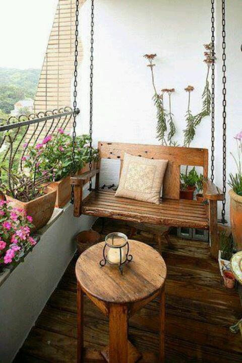 Eine schöne Idee für einen kleinen Balkon - Beautiful idea for a small balcony