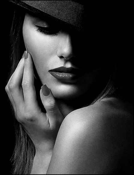 Black And White Pin Up Girl Wallpaper Sexy Lips Lips Pinterest Photography