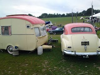 Love the Vintage Ice Cream Colours!
