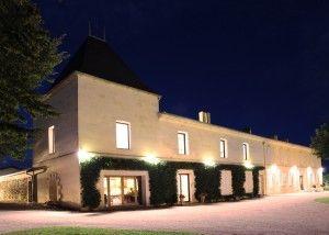 Venez visiter le château Guibeau. Il vous suffit  de réserver votre sur Wine Tour Booking