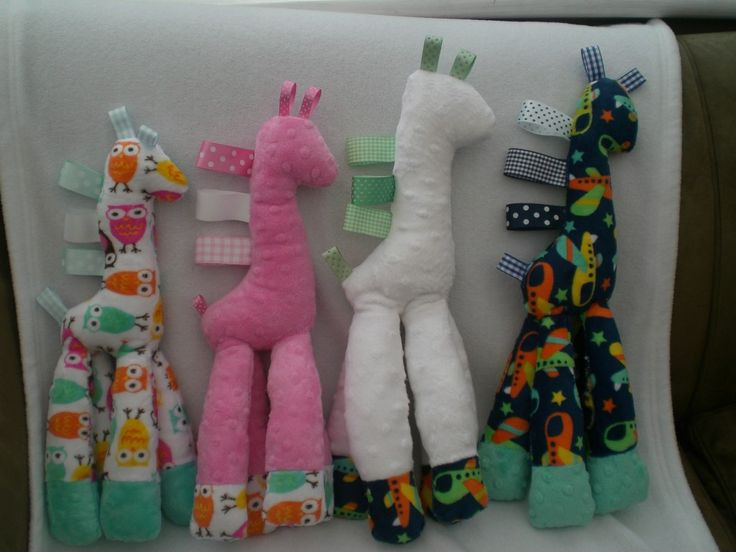 Minky Giraffe Baby Toy - The Supermums Craft Fair