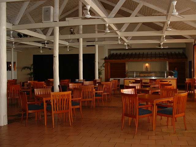 Fiji Hideaway Resort & Spa The main dining room