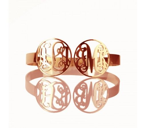 http://www.ordernamenecklace.com/rose-gold-plated-love-heart-style-monogram-name-necklace