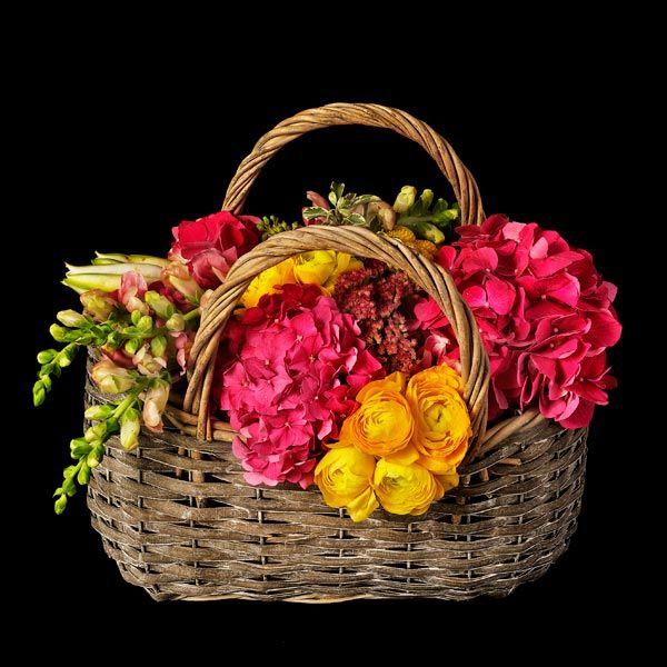 Hamburgo. Cesta de flores. Envío de flores.