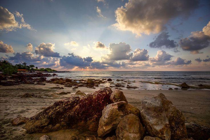 Majahua beach at sunset / 500px