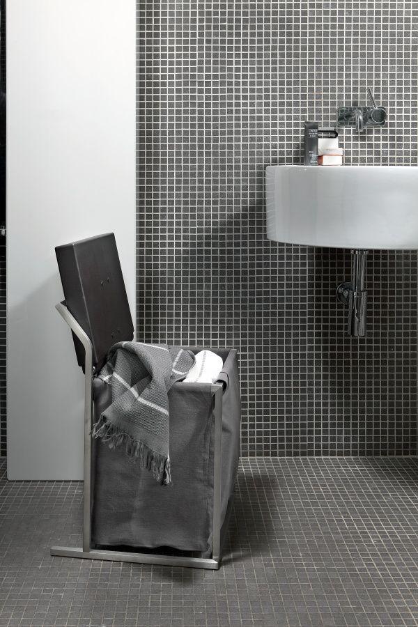 QUADRA PORTABIANCHERIA - portabiancheria sfoderabile e seggiolino da bagno #portabiancheria #bagno #geelli #bathroom