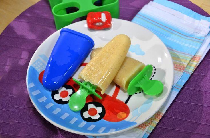 Ananaslı Dondurma. Malzemeler: 1 muz, 2 dilim ananas, 3 yemek kaşığı kefir, 1 cay kaşığı bal, 1 çimdik tarçın, 2 adet badem. http://www.turkmaxgurme.com/