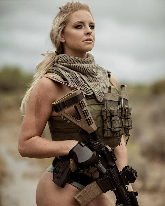 Pin By Greg On Girls With Guns  Military Girl, Army Women -1448