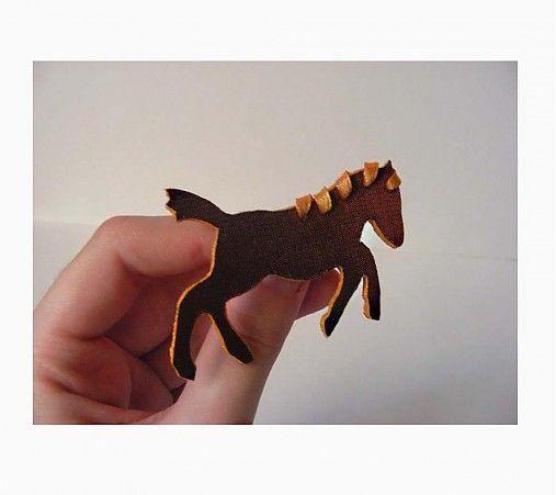 Slncový kôň by Noctua - SAShE.sk - Handmade Odznaky/Brošne