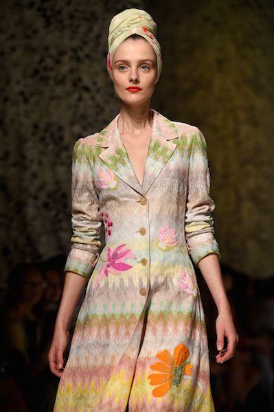 Model Amanda Murphy posed for Dutch artist Viviane Sassen in Missoni's Spring 2015 campaign.