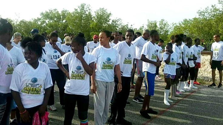 Clarendon #LeoClub (Jamaica) participated in a 6k run to raise money for environmental protection
