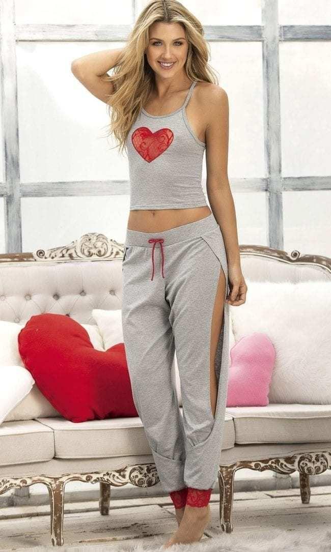 b44eab3ec10 Two Piece Heartbreaker Lounge Sleepwear Set  lingeriesets  babydolllingerie   lingerierobe