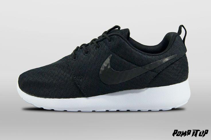 Nike Roshe One (Black/Black-Wolf Grey) For Women Sizes: from 36 to 42 EUR Price: CHF 115.- #Nike #RosheOne #NikeRosheOne #Sneakers #SneakersAddict #PompItUp #PompItUpShop #PompItUpCommunity #Switzerland