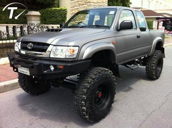 Toyota hilux for me?                                                                                                                                                                                 Más