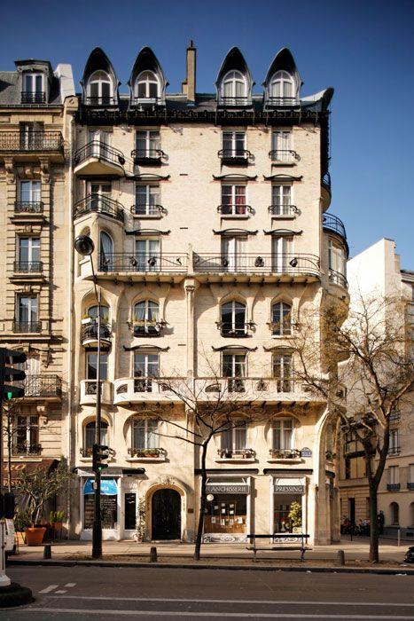 immeuble d 39 habitation 1905 142 avenue de versailles paris 75016 architecte hector guimard. Black Bedroom Furniture Sets. Home Design Ideas