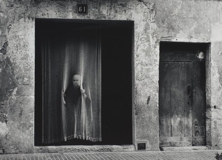 """GEORG ODDNER, """"Kvinna och draperiet"""", 1953.. - Höstens Contemporary, Stockholm 570 – Bukowskis"""