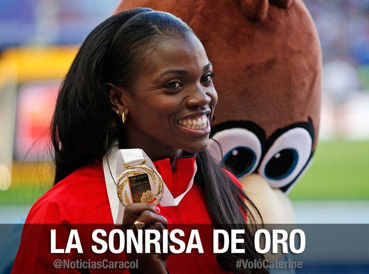 #VolóCaterine Caterine Ibargüen recibe el oro, suena el himno de Colombia en Rusia  La colombiana fue premiada, en lo más alto del podio, tras haber ganado ayer la final de salto triple en el Mundial de Atletismo. http://www.noticiascaracol.com/deportes/articulo-301978-caterine-ibargueen-recibe-el-oro-suena-el-himno-de-colombia-rusia